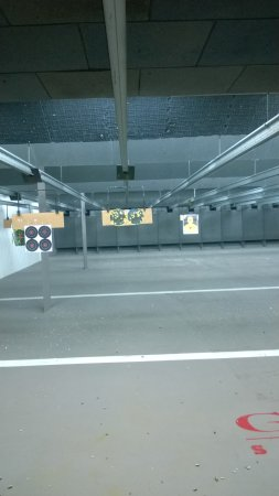 Orange, CT : 13 lane Indoor range with electric line and great ventilation/air conditioning