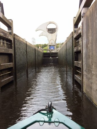Alvechurch, UK: In the first lock, heading for the Wheel