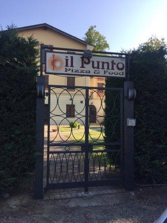 Melazzo, Italien: IL PUNTO PIZZA & FOOD