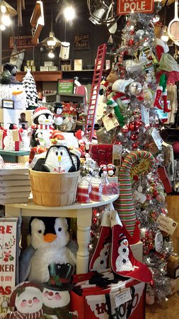 Gas City, IN: Cracker Barrel Country Store