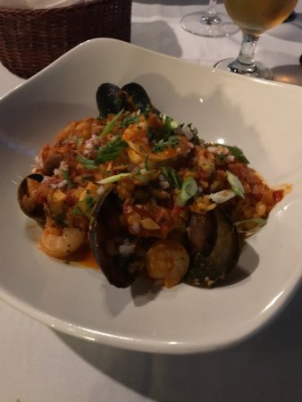 Pitt Meadows, Canada: Chocolate Fondu and Paella