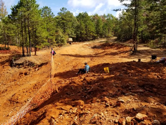 Mount Ida, AR: Easy digging for all ages!
