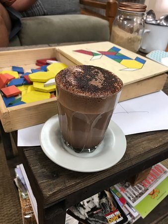Melrose, Australia: Coffee shop is in the back