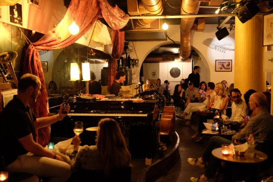 Venice Jazz Club: Intimate venue