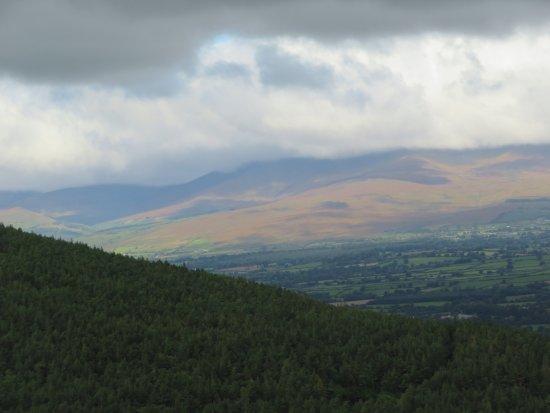 Clogheen, Irlanda: Another view of the Vee