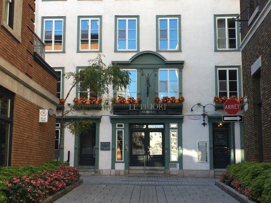 Hotel Le Priori: Hotel entrance