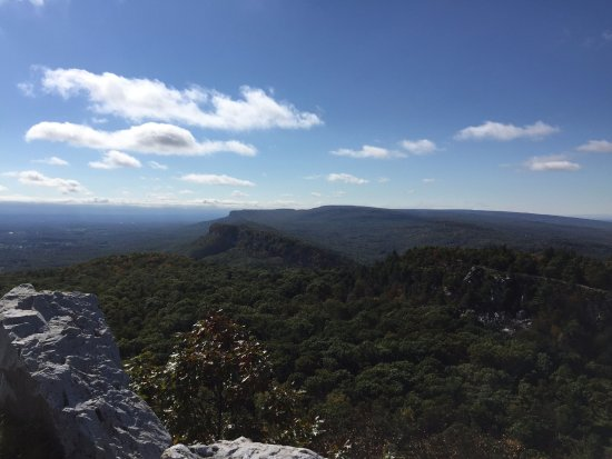 Mohonk Mountain House: View from skytop tower