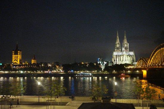 Hyatt Regency Cologne Photo