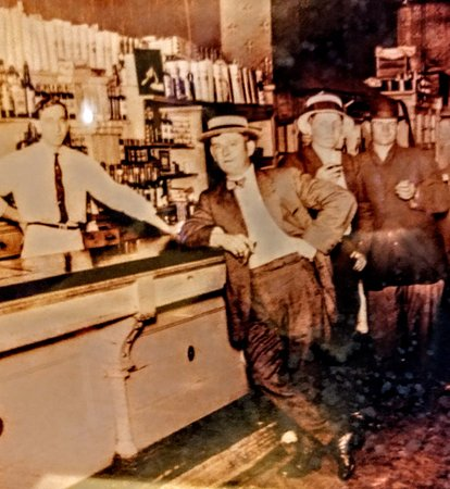 Massillon, OH: Joey's Kendal Tavern  1920-30's