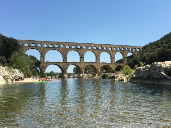 Canoe collias : Pont du Gard