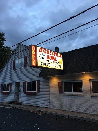 Luxemburg, WI: Chuck's Dyckesville Bowl