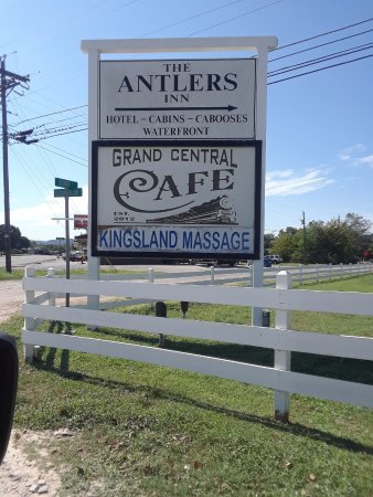 Kingsland, TX: Road side sign