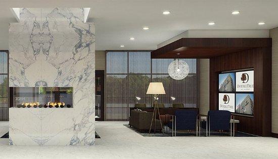 Lafayette, IN: Lobby Area
