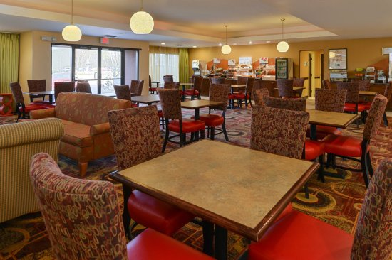 Ridgeland, MS: Breakfast Area