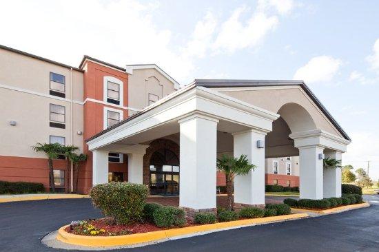 Ridgeland, MS : Hotel Exterior