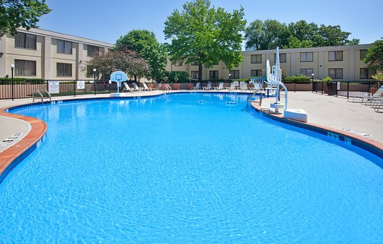 Holiday Inn Country Club Plaza Updated 2018 Hotel Reviews Price Comparison Kansas City Mo