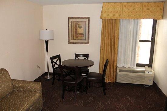 Harlingen, TX: Living Room/Dining Area