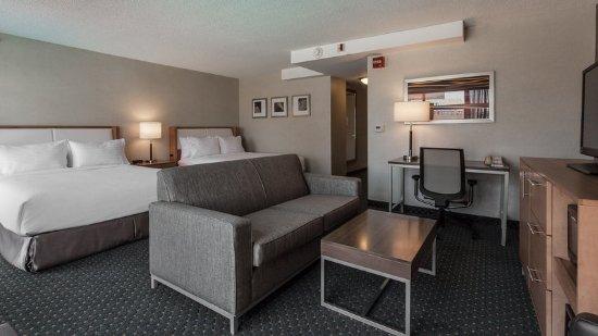 Evanston, IL: Guest Room