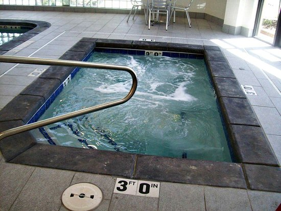 Rock Springs, WY: Soak in the hot tub open 24 hours for your convenience