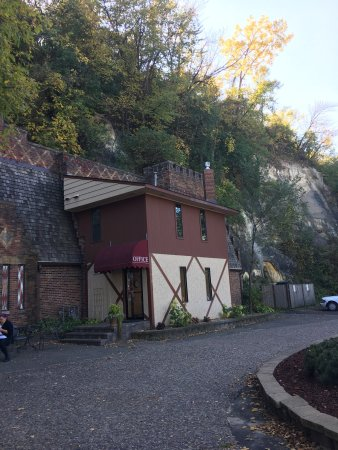 Wabasha Street Caves: photo2.jpg