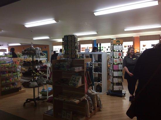Havelock North, نيوزيلندا: Arataki Honey Shop