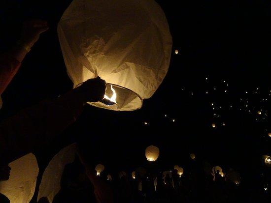 El Dorado State Park: lighting lanterns