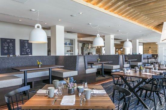 Cape Neddick, ME: Back of Tiller Restaurant