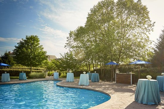 Lansdowne resort and spa updated 2017 prices reviews - Hotels in lansdowne with swimming pool ...