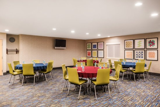 Warrenton, Missouri: Meeting Room
