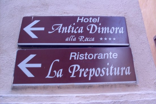 Trevi, Itália: say the signs