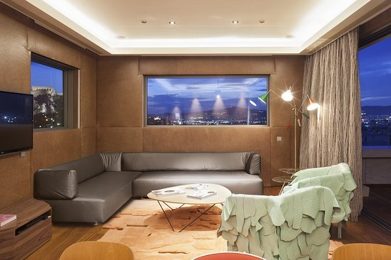 New Hotel: Penthouse Suite Living Area