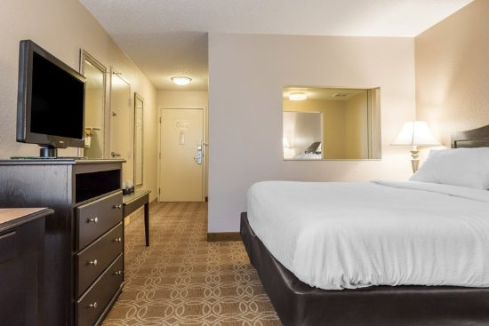 Hotels In Perrysburg Ohio With Jacuzzi In Room