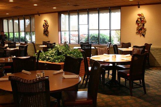 Perrysburg, OH: J. Patrick's Restaurant
