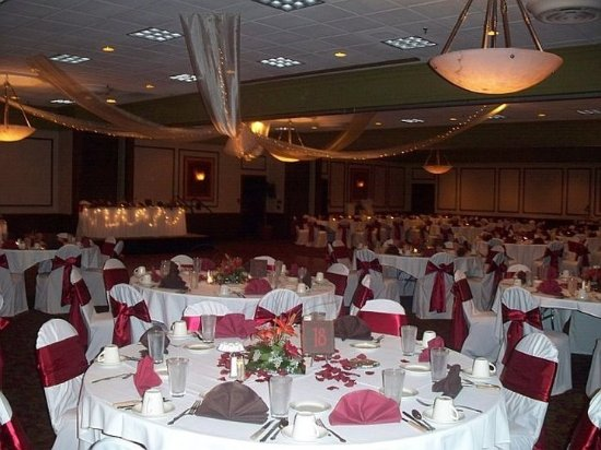 Perrysburg, OH: Depot Wedding