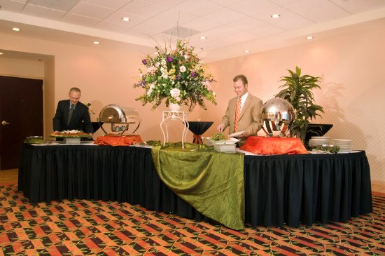 Holiday Inn Express Greenville I-85 and Woodruff Road: Catered banquets at our hotel near Downtown Greenville SC