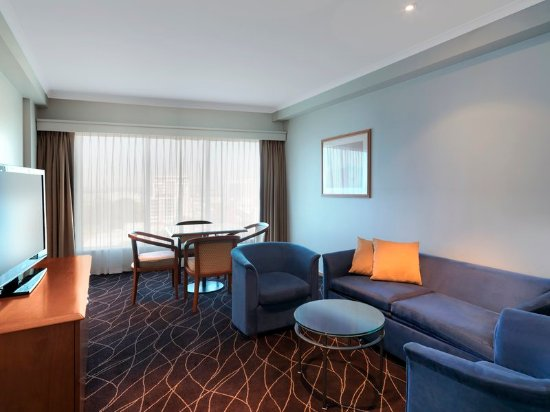 Holiday Inn Sydney Airport: Suite