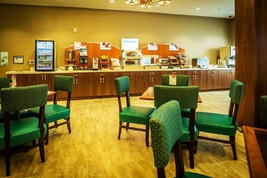 Murray, UT: Breakfast Area