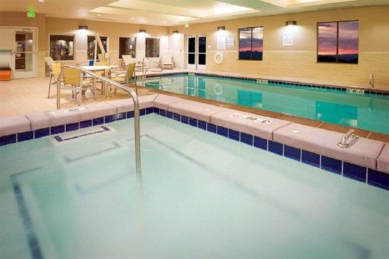 Murray, UT: Swimming Pool
