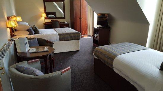 Nethybridge Hotel: Family Triple