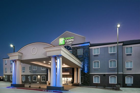 Monahans, TX Hotel Holiday Inn Express & Suites Exterior Evening