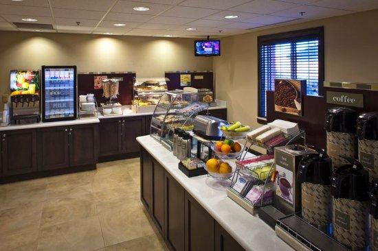 Fort Riley, แคนซัส: Breakfast Bar