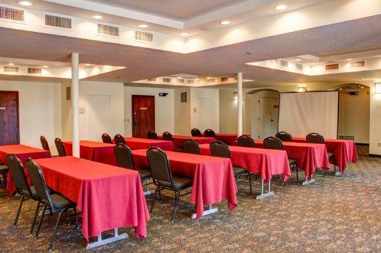 La Posada Lodge and Casitas: AZMEETING