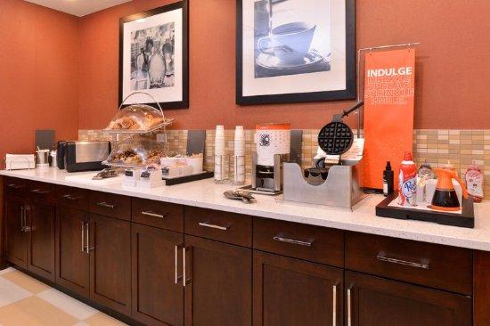 Rome, NY: Free Breakfast Buffet