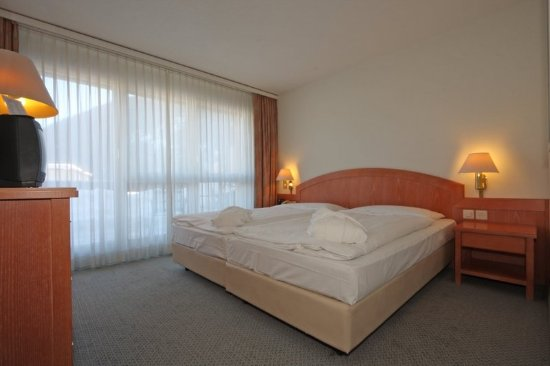 Central Sporthotel Davos: Twin Suite
