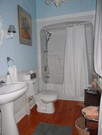Paris Guest House Photo
