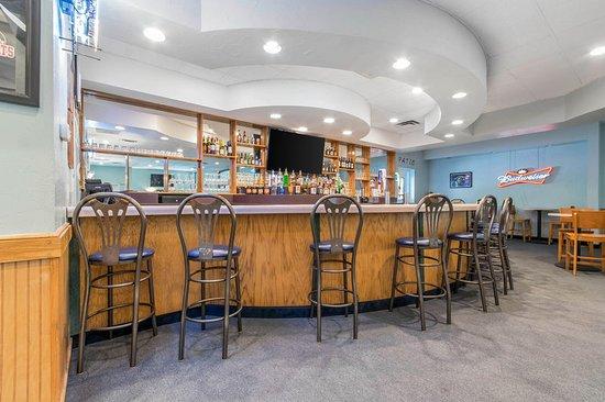 Prestonsburg, KY: Bar
