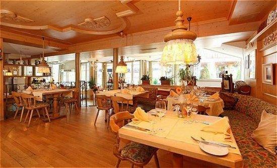 Leukerbad, Ελβετία: Restaurant