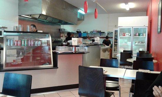 Glen Waverley, Australia: Kitchen area