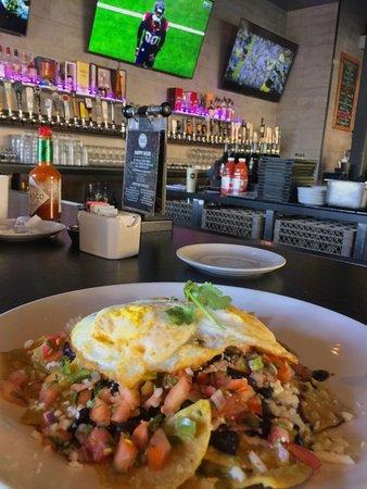 Aliso Viejo, CA: Salsa Verde Chilaquiles