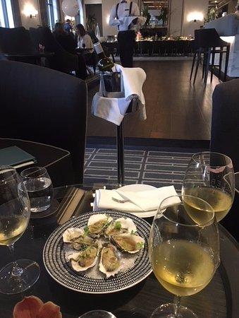 Double Bay, Avustralya: Oysters and Alberino